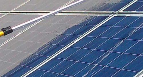 čištění fotovoltalických článků